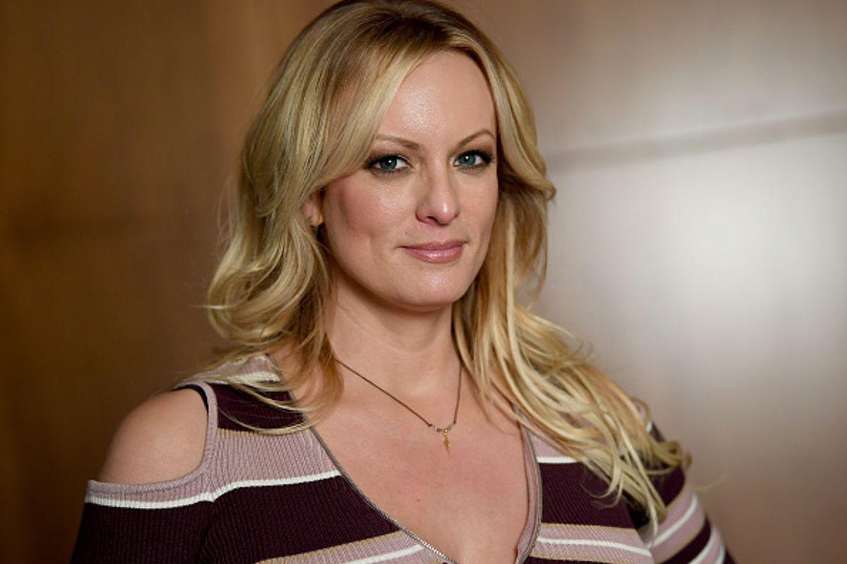 Actriz Porno Multa trump insulta a la actriz porno stormy daniels - wapa.tv
